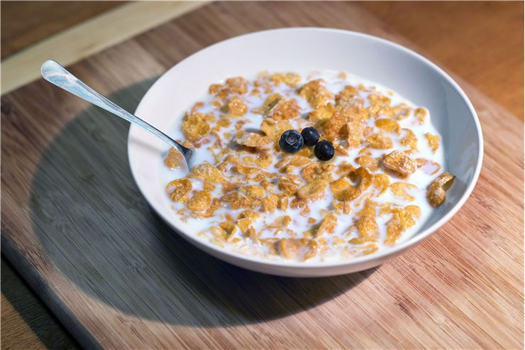 Picture Of Cereal Breakfast In Bowl